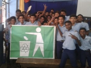 Kinder mit Flagge