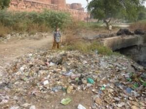 Garbage mountains in Agra